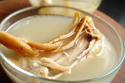 白果参鸡汤