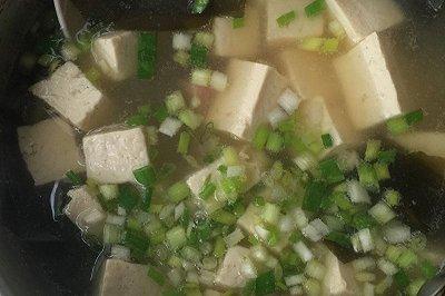 日式海带豆腐汤