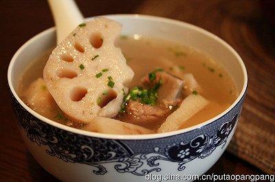 排骨莲藕鲜汤