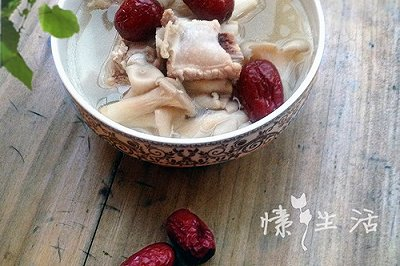 家常菜:红枣平菇排骨