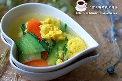 减肥美容佳品:黄瓜鸡