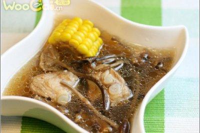 茶树菇玉米排骨汤