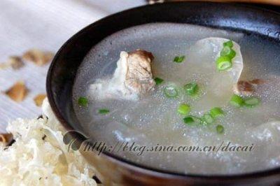 百合银耳肉排汤