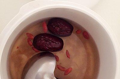 银耳莲子粥