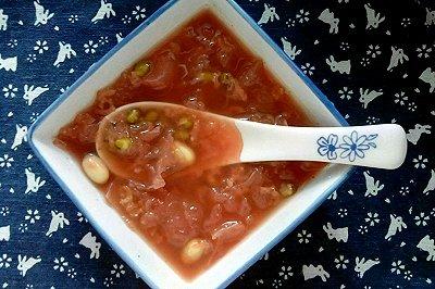 银耳莲子糯米绿豆粥