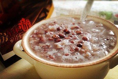 养生餐-红豆银耳粥