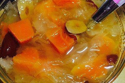 木瓜红枣银耳粥