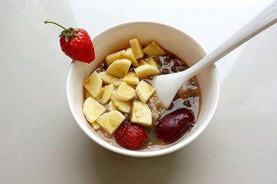绿豆红枣水果粥