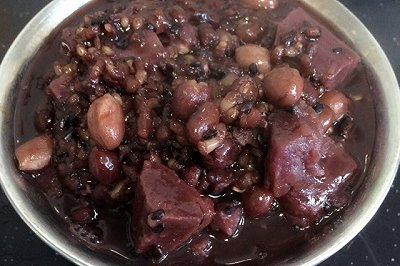 养生紫薯杂粮粥