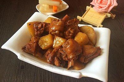 土豆炖鸡腿