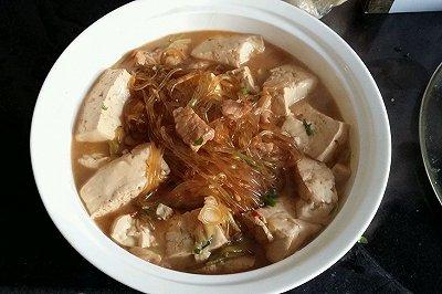 猪肉粉条炖豆腐