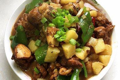 土豆炖鸡肉家常版
