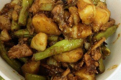 土豆排骨炖豆角
