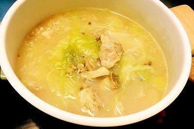 白菜猪蹄汤