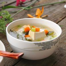 蔬菜豆腐汤